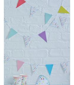6833f29f2ad2 4 Meter Banderoll med Färgglada Flaggor - Plocka och Mixa