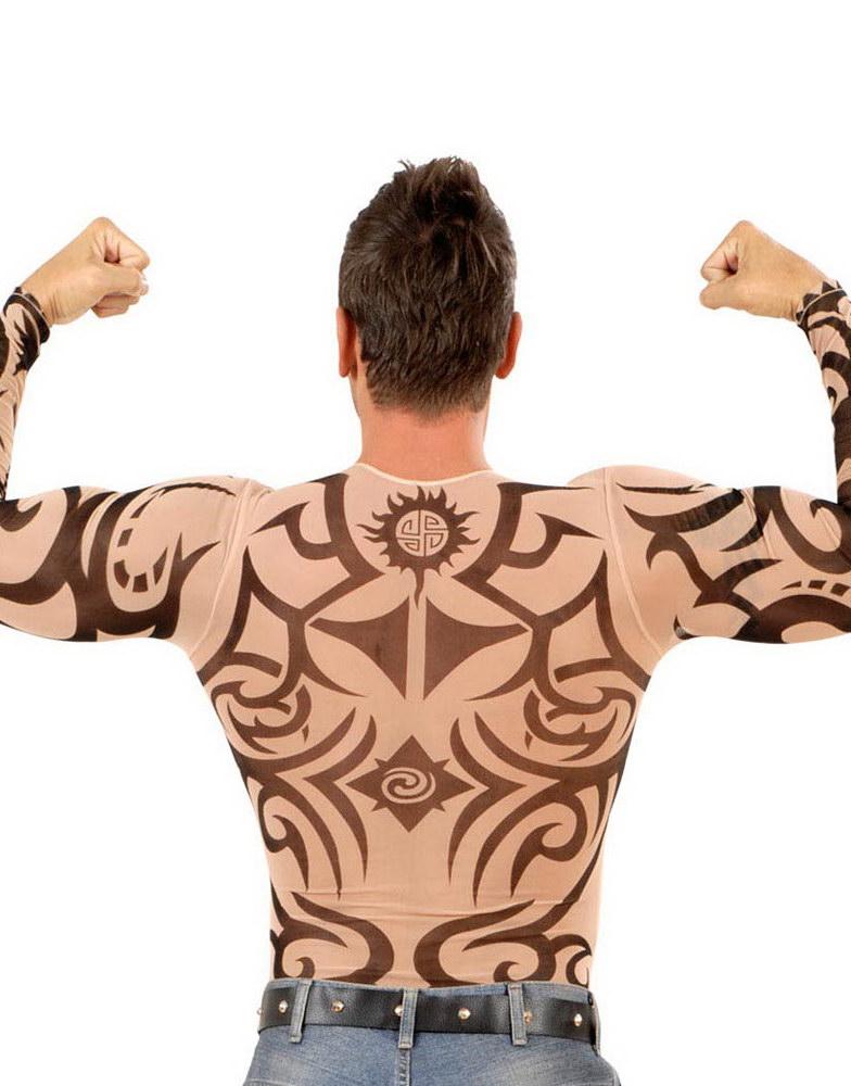 genser med tatoeringer